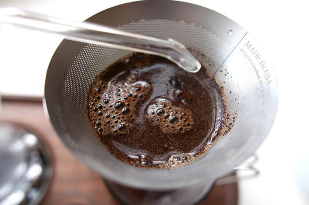 當咖啡機與鬧鐘結合?The Barisieur 用咖啡香叫醒賴床的你